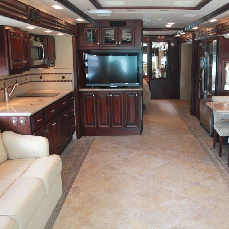 Empire RV - Motorhome & RV sales and rental - Specialists