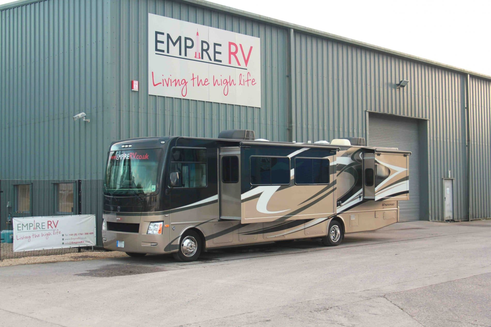 Thor Windsport 34T RV Motorhomes for sale rent – (c) Empire RV (1)